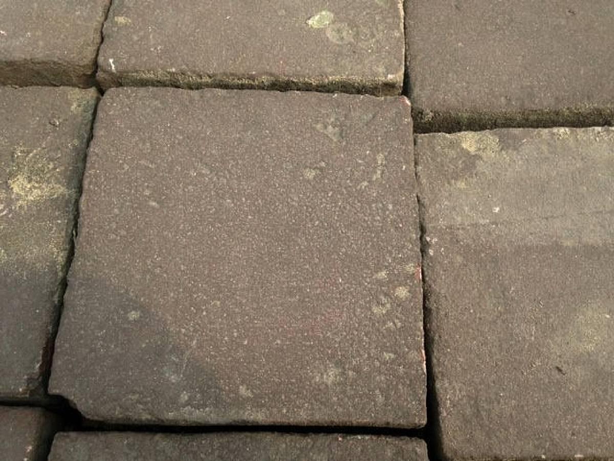 Betonnen tegels 30x30 4 5 dik klinkerconcurrent