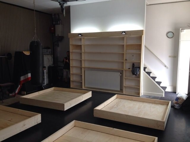 showroom klinkerconcurrent in aanbouw